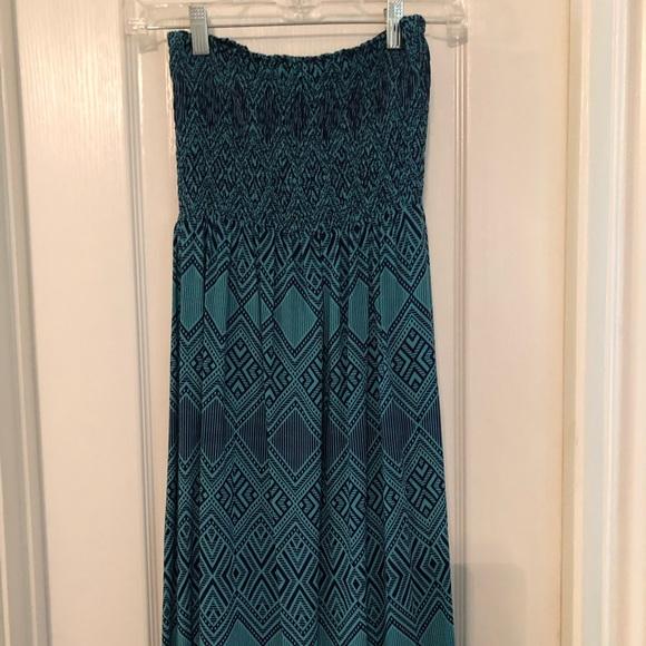 Forever 21 Dresses & Skirts - Forever 21 Teal & Navy Print Maxi Dress